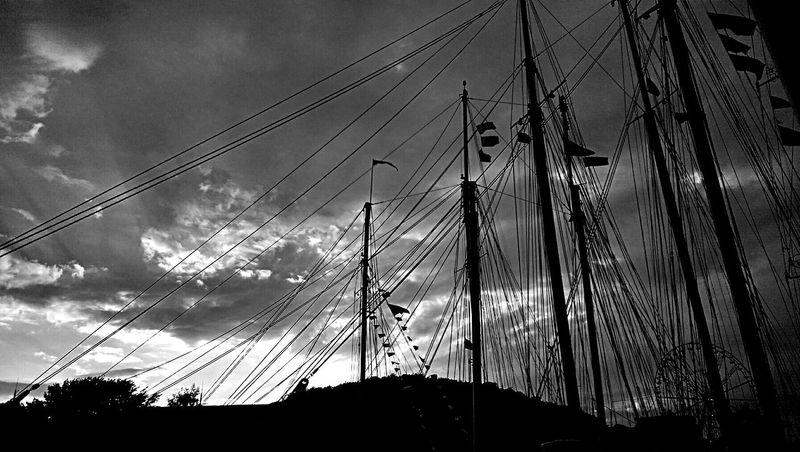 Sailboats Sky And Clouds Blackandwhite Kieler Woche Sailboat