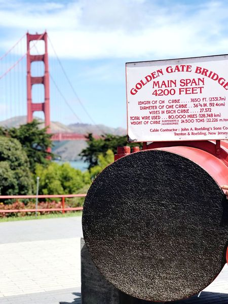 Scenery Sunny Day 🌞 Golden Gate Bridge San Francisco Text Communication Sky Cloud - Sky Western Script Focus On Foreground Day