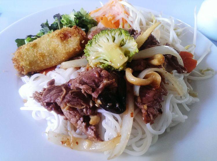 Bún thịt xào Vietnamese Food