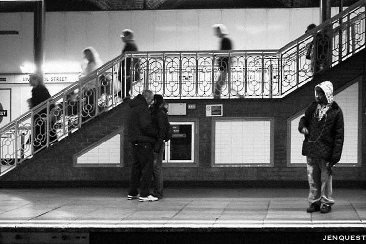Underground love Black And White Streetphotography Blackandwhite Streetphoto_bw