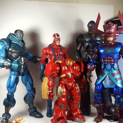All the giant bafs I currently have. Marvel Marvellegends Marvelcomics Toys Toyphotography Toypizza Toysarehellasick Toycollector Toycommunity Toycollection Hulkbuster Giantman Apocalypse Sentinel Galactus