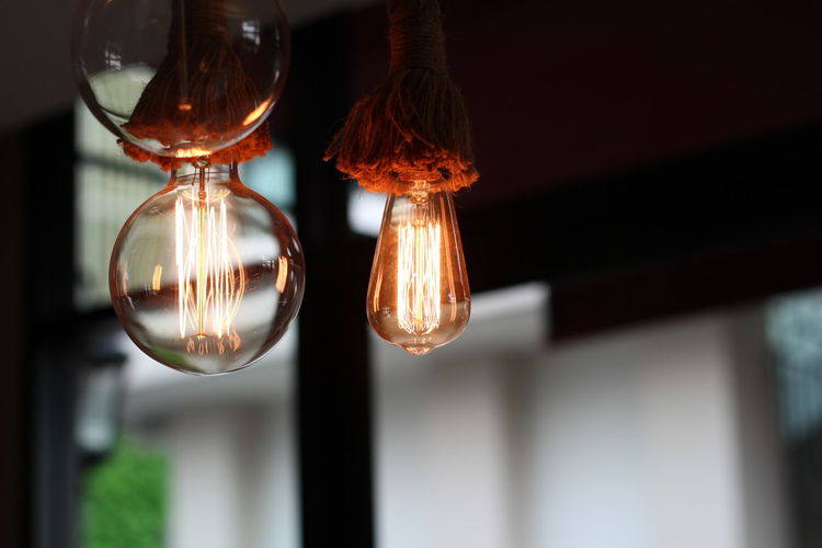 Lighting Equipment Hanging Focus On Foreground Light Bulb Glass - Material No People Illuminated Indoors  Close-up Electricity  Transparent Light Single Object Light - Natural Phenomenon Day Electric Lamp Ceiling