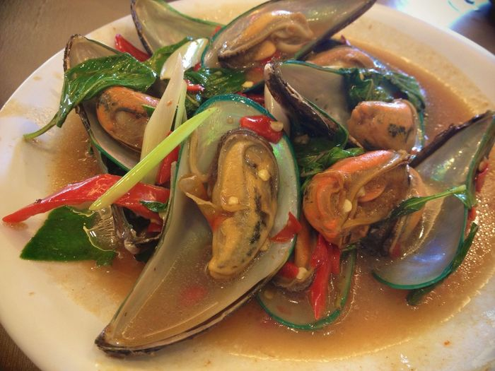 The best place for authentic Thai food ?✨ I dont normally eat mussels but this place make it clean, fresh and the spicy sauce is just right! ?✨? Foodporn Thai Food In My Mouf Mussels