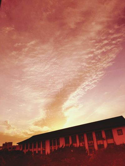 Clouds And Sky Like Fire Sunset Discover Shanghai