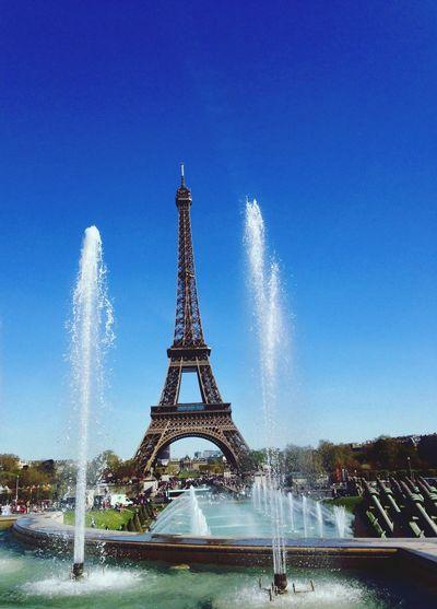 Tour Eiffel 👌🏻 Hanging Out Hello World Hi! That's Me Relaxing Cheese! Smile Paris Toureiffel
