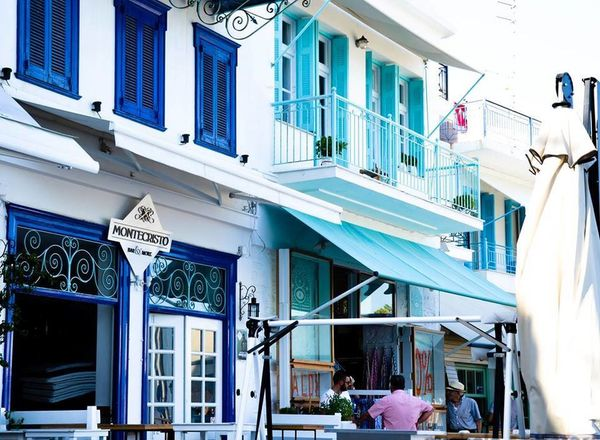 #skiathos Architecture Building Exterior Built Structure City Day Large Group Of People Men Outdoors People Real People Women