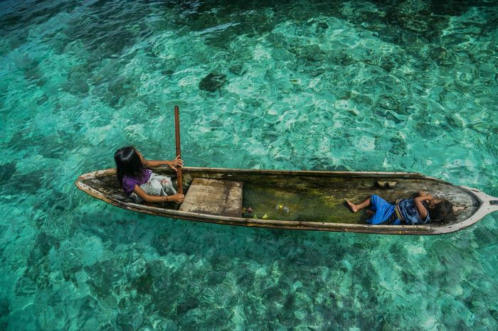 Our journey Bajaulaut Bajau Sea Gypsies Wooden Boat Semporna Malaysia Sabah Maiga Child Two Kids Feel The Journey Hidden Gems  Color Of Life Home Is Where The Art Is Color Palette Colour Of Life Two Is Better Than One Eyeemphoto
