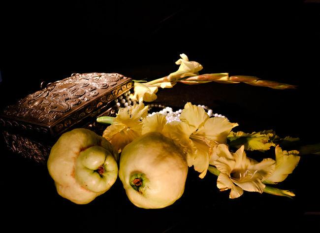 Blossom Classi Still Life Dark Background Flower Fruit Glaiola Jewlw Box Pearls Quince Still Life Vinbtage Fork