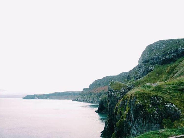 Emerald Isle indeed Ireland Northernireland Landscape Ocean Beach Saltlife Cliffs TheGreatOutdoors Seetheworld  Explore Climbing Neverstopexploring  Horizon Tracks Travelgram Igtravel VSCO Vscocam Kinfolk Britishisles Uk Stunning