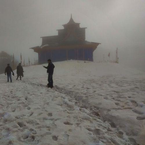 Hatu temple....... Hatu Temple Narkanda Hatupeak Himachal Prasdesh Himalayas Snow Religious  Dost Friends Trip Roadtrip Ankitdogra