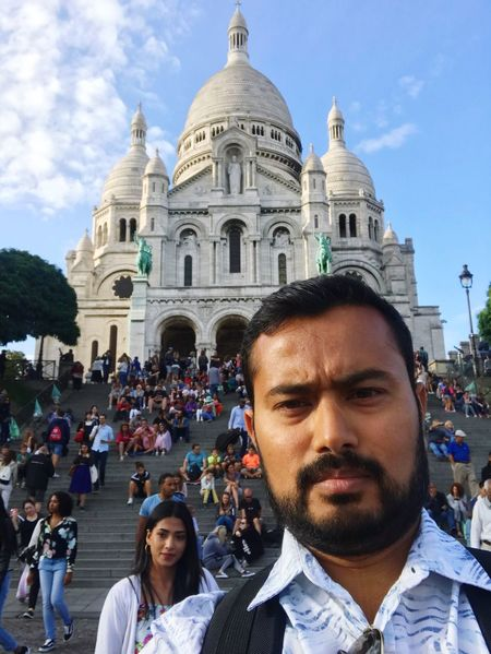 Church Architecture Self Portrait Paris Architecture Real People Built Structure Men Building Exterior Group Of People Large Group Of People
