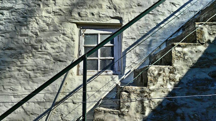 Steps And Staircases Staircase Railing Architecture Abstract Photography EyeEm Vision Abstract Photosfromindia Magazine Publish EyeEmNewHere Himachal Pradesh, India Worldwide_shot Lenovovibeshot Indiapictures Indianphotographer Travel Destinations Mobilephoto Stairs Window Colors