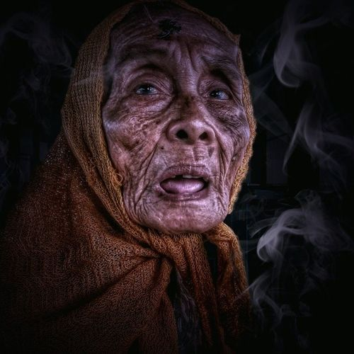 Old women 100