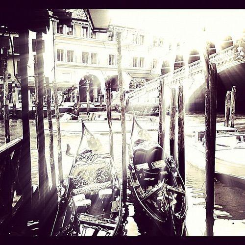 Sunny shine gondola Iphonesia Instamood WTPimpmyphoto Sanggapimped photo by @sangga .. Sorry om telat ngepost...