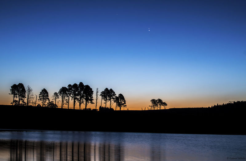 Lake Merthley with Mars and Jupiter aligned #Lake #water Aligned Blue Calm Clear Sky Dusk Lake Mid Distance Nature Planets Reflection Scenics Tranquil Scene Tranquility Travel Destinations Water Waterfront