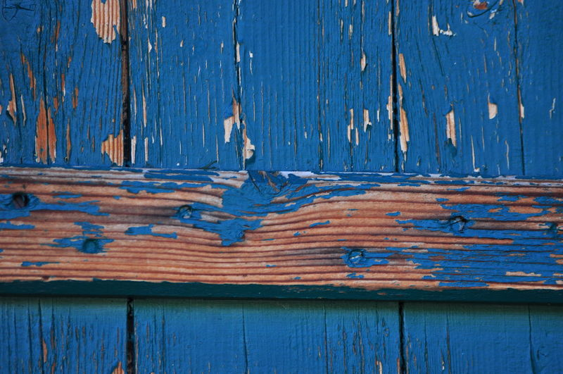 Wood - Material Blue Wooden Old Close-up Weathered Deterioration Damaged Plank Architecture Full Frame Obsolete Day Peeling Off Wood Paneling No People Blue Color The Nature Photographer - 2016 Eyeem Awards EyeEm Best Shots The Great Outdoors - 2016 EyeEm Awards The Week Of Eyeem Hello World SeptemberPhotoChallenge Check This Out Chrixxo