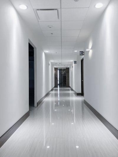 Indoors  Corridor Empty Illuminated No People Architecture Built Structure