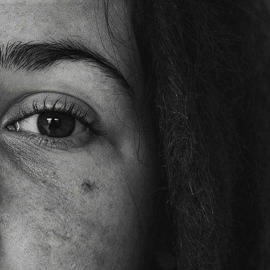 Me Eye Shadows Shadows & Lights Bw Bw_lover BW_photography Blackandwhite Black And White Human Body Part Person Dreadlocks Dreadlock Girl Young Women People Eyebrow Day Human Eye Human Face Human Skin Lights Shooting Photography Photooftheday