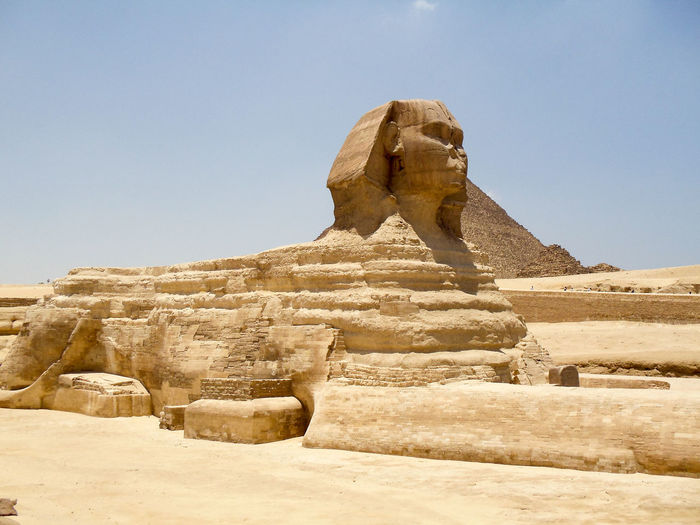 Sphinx of giza against clear sky