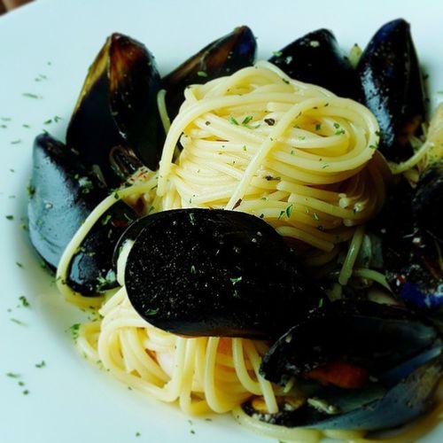 이것도 파피스 비앙께 오일파스타 해산물 듬뿍 😉 먹스타그램 파스타그램 인스타푸드 Pasta Food