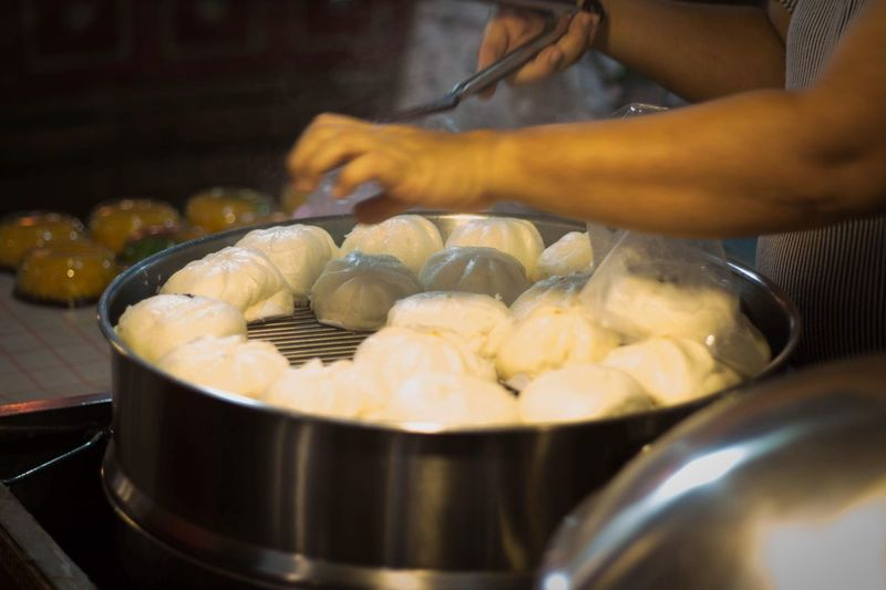 Food And Drink Food Preparation  Freshness Preparing Food Kitchen Utensil One Person Indoors  Household Equipment Selective Focus Close-up Street Food Ready-to-eat Cooking Pan Asian Food Occupation Human Hand Market Hand