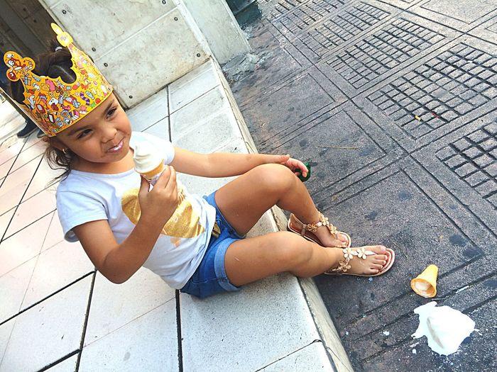 """Small"" ... Hello World Kids Streetphotography People EyeEm Best Shots Photography Girl Ice"