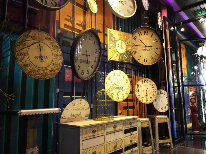 Wall clocks for sale in shop