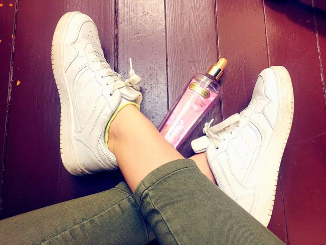 Fresh 😍 White White Color Sneakers Sneaker Love Shoes Victoria's Secret Bodyspray Pink
