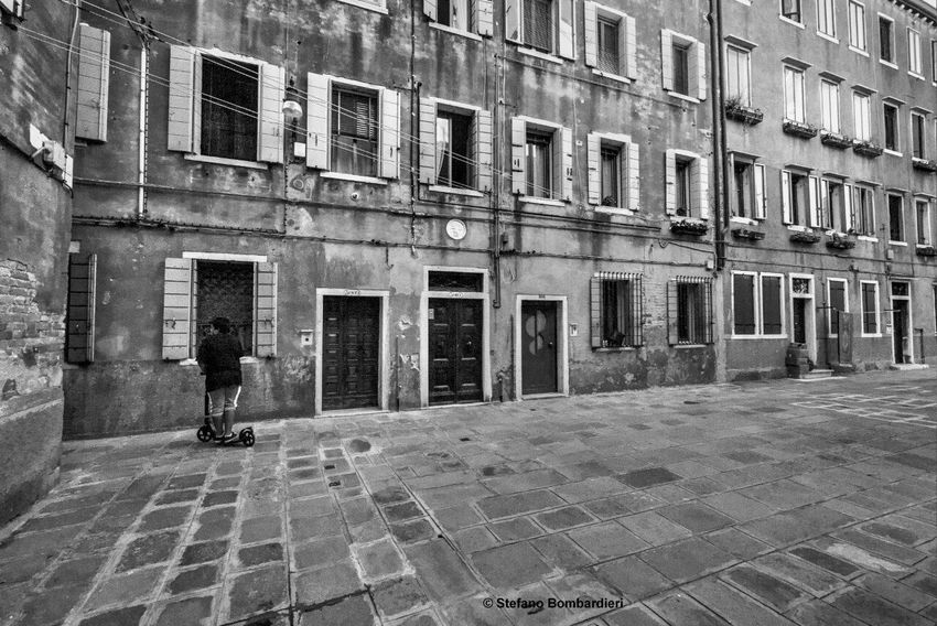 Campiello Do Pozzi Black And White Venezia Italia Venice, Italy Venecia IloveVenice