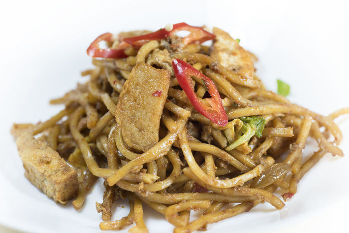Fried noddle, authentic Malaysian food Authentic Close-up Food Food And Drink Freshness Fried Healthy Eating Indoors  Malaysia Mamak Mamakrestaurant No People Noddle Plate Ready-to-eat Serving Size White Background