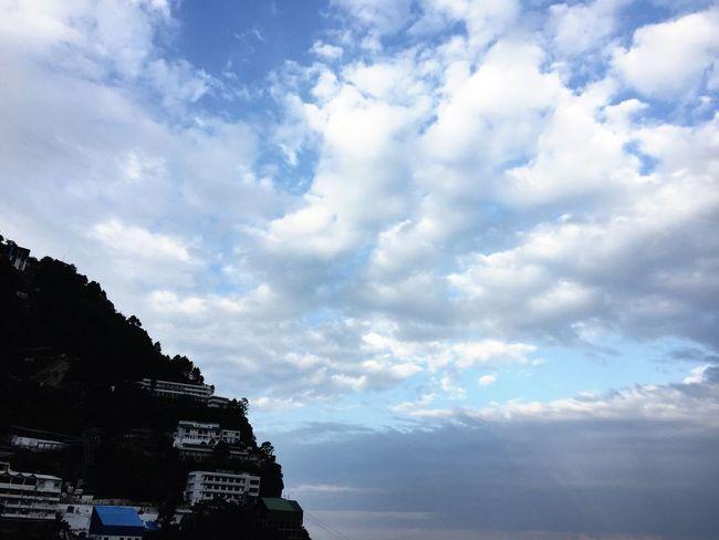 clouds hills TrikutParvart katra vaishnomata J&K TrikutaHills Vaishnodevi Katra Cloud - Sky Clouds And Sky Hills