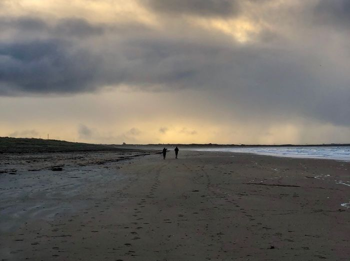 Little conversation Two People Walking Beach Sand Sea Sky Nature Scenics Cloud - Sky Water Horizon Over Water Outdoors Silhouette Full Length