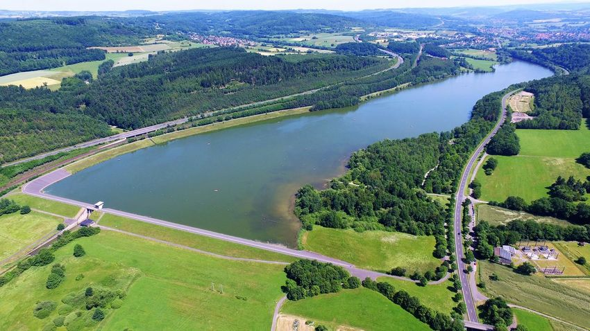 Small dam with his lake Aerial View Backwater BackwatersView Beautiful Lake View Beauty In Nature Damm Drohnenbild Drohnenflug Dronephotography Kinzigstausee Kinzigtalsperre Landscape Nature Reservoir Reservoir Dam See Staudamm Stausee Water