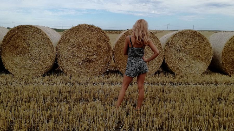 Bale  Cloud - Sky One Person Young Women Looking At Camera EyeEmNewHere EyeEm Best Shots - Nature Beautiful Women ♥ Women Of EyeEm Bale  Beautiful Woman Blond Hair Long Hair Womenpower Summer Lost In The Landscape