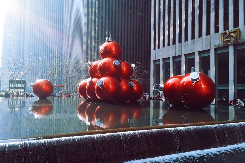 🎼 It's Christmas time in the City 🎼 IPhone Photography Iphonephotography IPhone IPhoneography Pureshot Vscoedit Vscofilm VSCO Cam Vscocam VSCO Red No People Window Day Building Exterior Indoors  Food Architecture Close-up Water