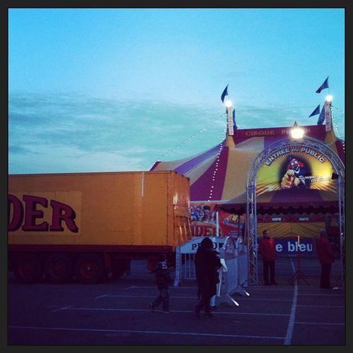 cirque Enfant Dodou Pop corn pinder