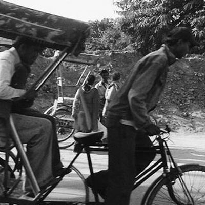 Blurred lines. Blackandwhite Blackandwhitephotography Blackwhite Mono Monochrome Greyscale Monotone Bw Streetphotography City Street Peoplewatching Travel Travelshots Everydayasia Everydayindia HumansofDelhi Incredibleindia India Olddelhi Newdelhi Indianphotography Ontheroad