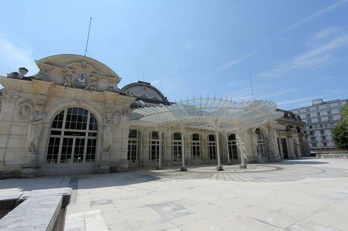 Auvergne Vichy Architecture City