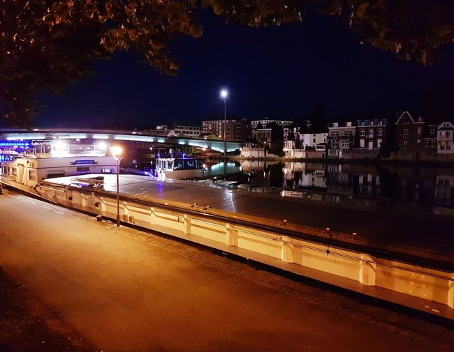 Fluvial Reflection Nightphotography Photography Is My Escape From Reality! EyeEm Diversity No People City Photo♡ EyeEm Best Shots Close-up Belgium♡ Outdoors EyeEmNewHere Night Sky Tree Illuminated Sea City Beach Star - Space Bridge - Man Made Structure Water Travel Destinations Boats⛵️