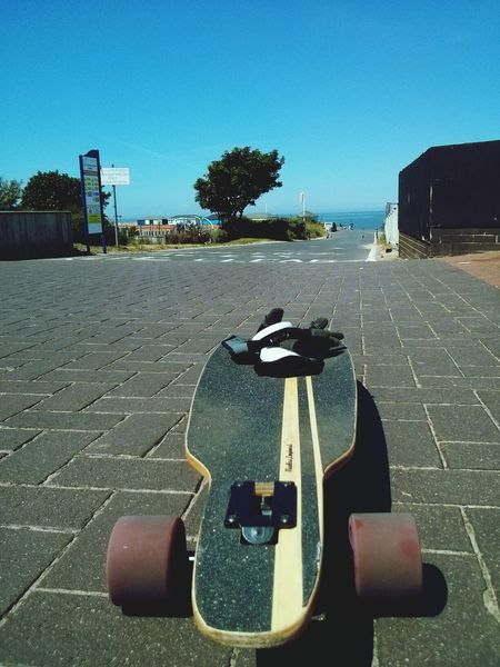 I think this is a pretty good spot for some cruising... Longboarding Mindless