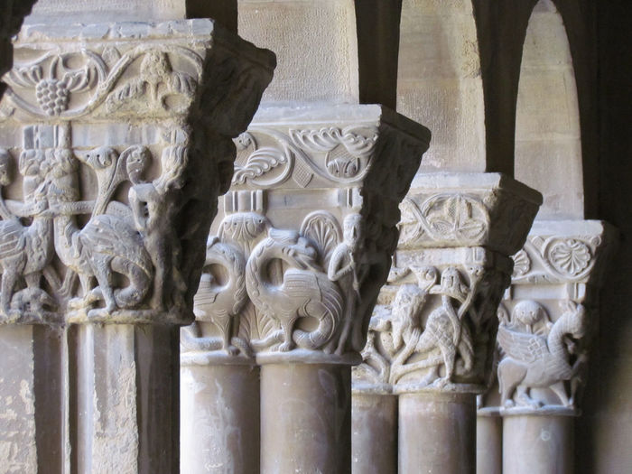 Architectural Column Art Carving Carving - Craft Product Claustre Claustro Column Design Grey Grifos Gris Gryphons History Ornate Romanico Sculpture Stone Material The Past Travel Destinations