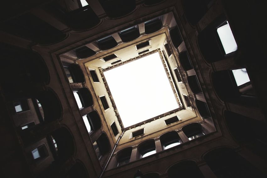Dramatic Angles Building Exterior Built Structure Architecture Low Angle View Window City Building Directly Below Residential Building Residential Structure Apartment Sky Elevated Walkway Outdoors Repetition City Life Building Story Tall - High Day Venice, Italy Kerber Cloud - Sky Traveling The Architect - 2017 EyeEm Awards