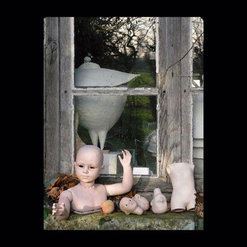 Crėation Pierre Durdilly. Pierre Durdilly Poupée Window