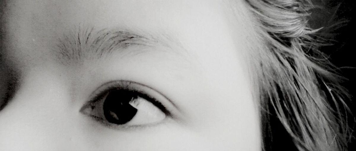 You can tell by sight ^^ ///คุณสามารถบอกความรู้สึกผ่านสายตาได้ Happy