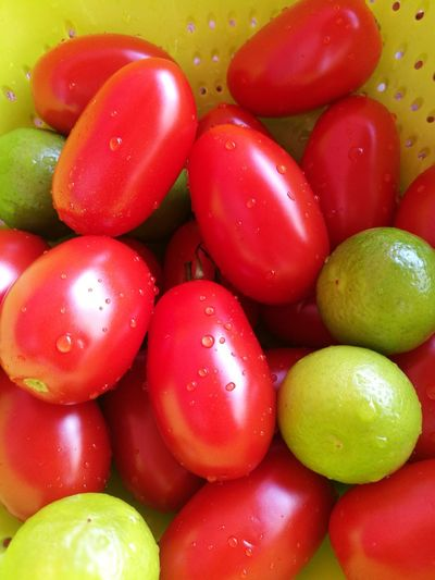 Close-up Colors Of Nature Drop Food Freshness Healthy Eating Lemons Red Tomatoes🍅🍅