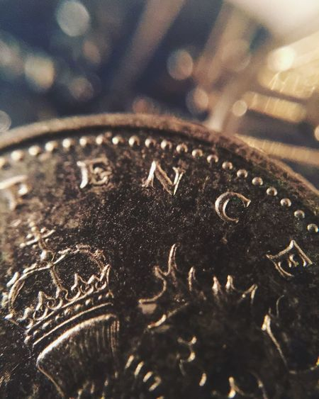 ~Don't drop diamonds whilst picking up pennies.~ Close-up Close Up Closeup Metal Indoors  No People Gold Colored Day Focus On Foreground The Week On EyeEm EyeEm Selects EyeEmNewHere Your Ticket To Europe Backgrounds Indoors  Colours Defocused Be. Ready.