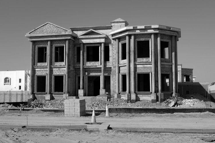 Mansion under