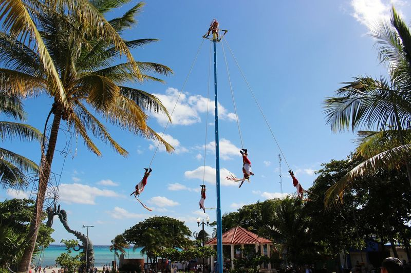 Papantla Beach Playadelcarmen Beachvibes Mexico Tourism Mexico_maravilloso Fly Tradition Mextagram Flying Mexicoalternativo Explore Turismo Tradición Voladores  Voladores De Papantla Aroundtheworld Beachlife Skyporn Sky Skylovers Instasky Beautifulsky Sky_captures
