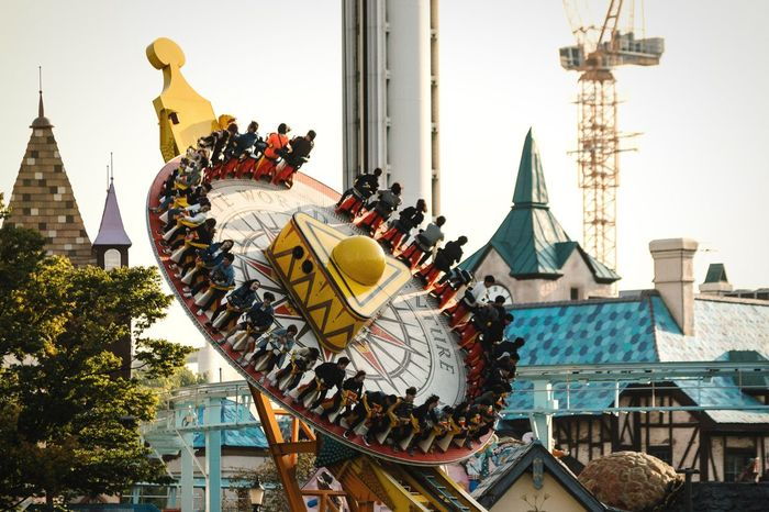 Flying saucer Open Edit EyeEm Best Edits Flying Flying High Flying Saucer UFO Speed Ride Or Die Ride Theme Park Outdoors Seoul Showcase: November Korea Lotte Urban Lifestyle People Screaming Scream Fun Having Fun Thrill Rides Swing Spinning Around Leisure Activity