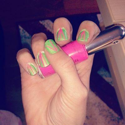 Morgonens nailfix! Naglar Nailart  Nails Gr önt rosa nytt